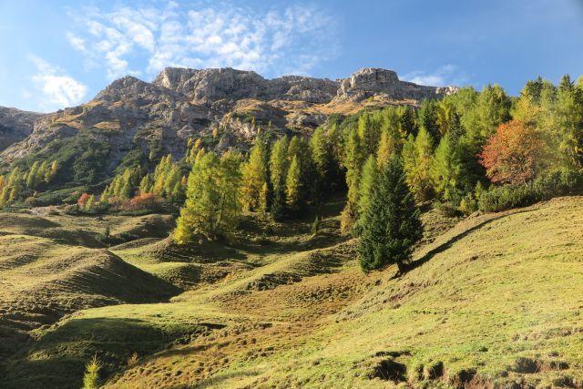 Südtiroler Dolomiten im Herbst - Naturbegegnung Wanderreisen